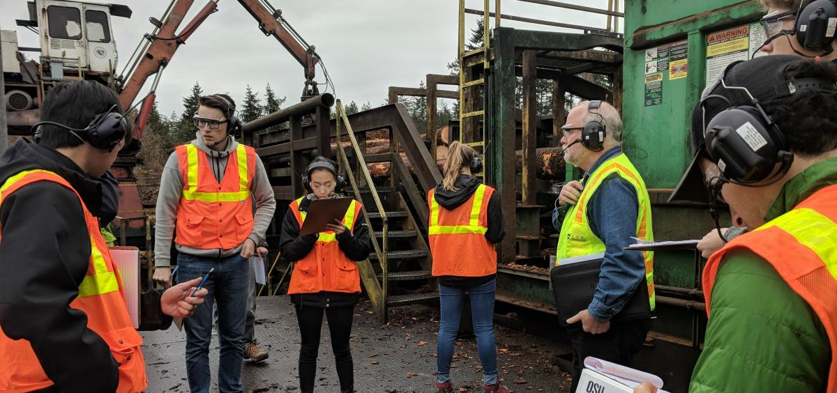 EEC Student Analysts Observe a Facility Prior to Data Collection